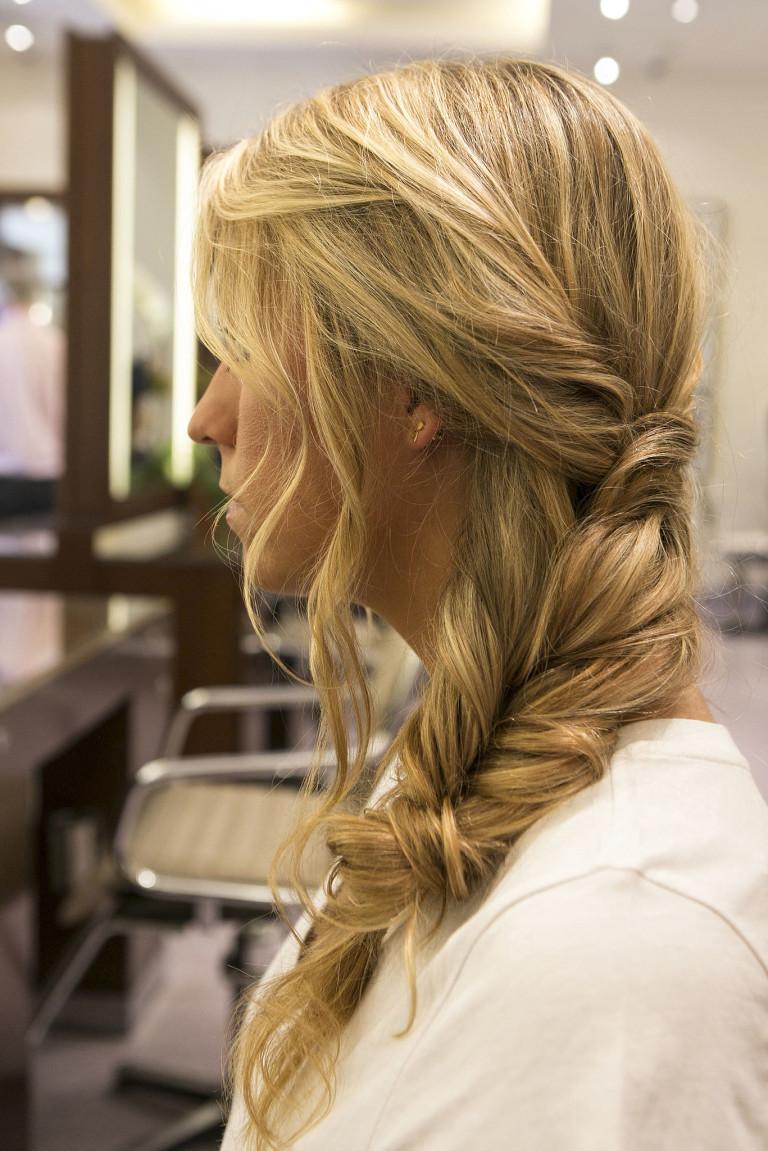 Прически для тонких волос косички фото